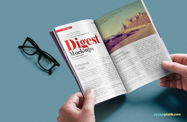 7-free-digest-size-magazine-psd-mockup