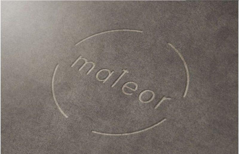 Mockup-1 Logotemplate