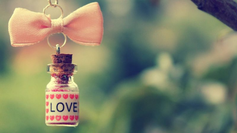 Love Bottle Wallpaper